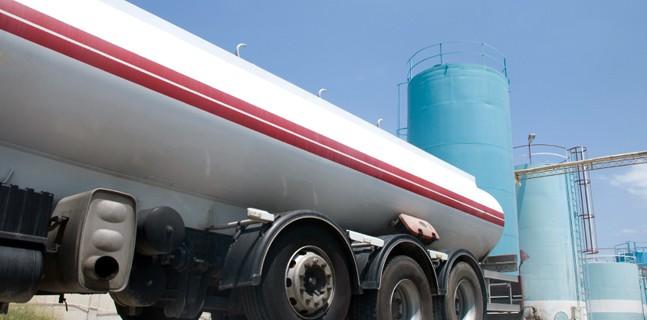 refuel-truck-2_647w